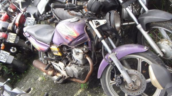 HONDA/CBX 200 STRADA/1999