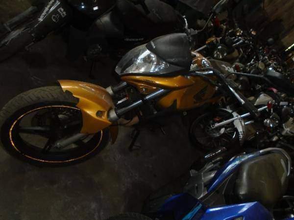 HONDA CB 300R//2010