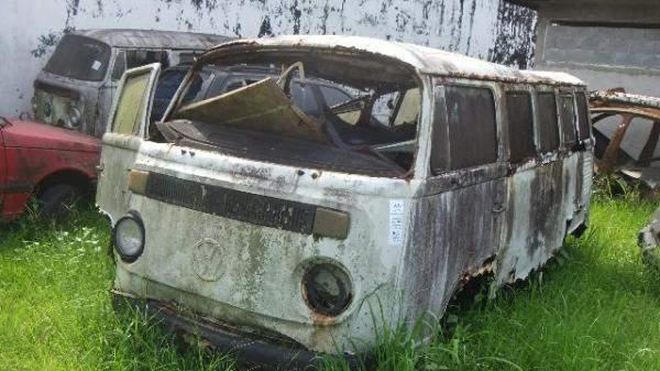 Veículos Reciclagem / Volkswagen / Kombi / RASPADO S/ NUM ID / S/MOTOR