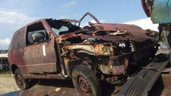 Veículos Reciclagem / Fiat / Uno / CORROIDO FERRUGEM / 146A70114934446